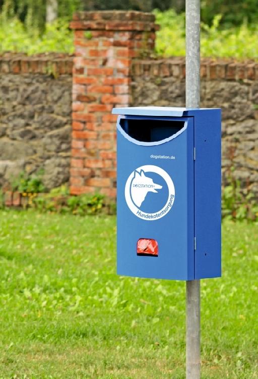 DOGSTATION(R) Pm8i Abfallsammler mit integriertem Spender für Hundekotbeutel
